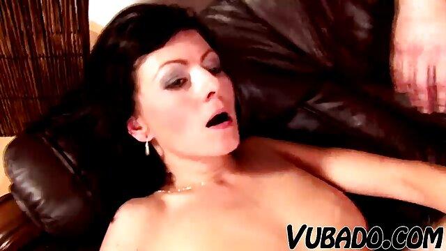 Mom extreme հնդկական տնային տնտեսուհի սեքս տեսանյութեր կրծքեր կոկորդի, հսկայական պրծնել ճիչը